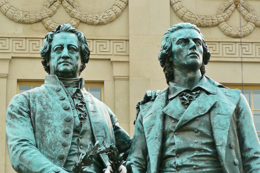 Statuen von Goethe und Schiller