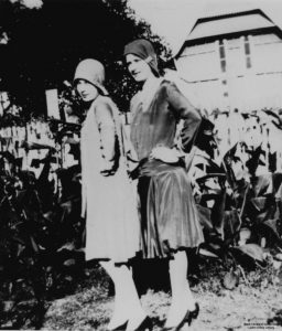 Frauen in Mode der 20er Jahre