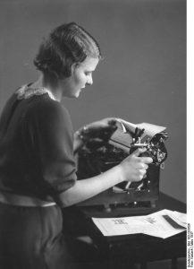 Stenotypistin 20er-30er Jahre